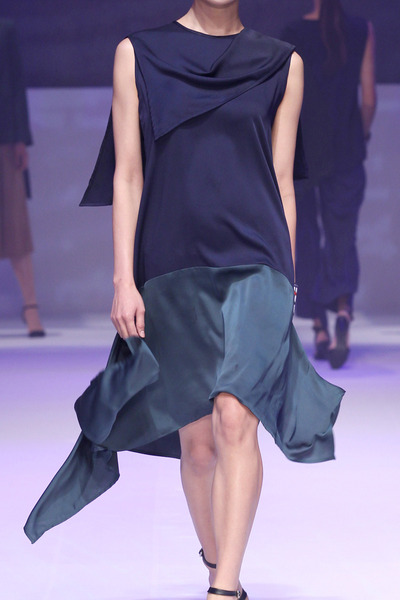17SS DRAPE DRESS